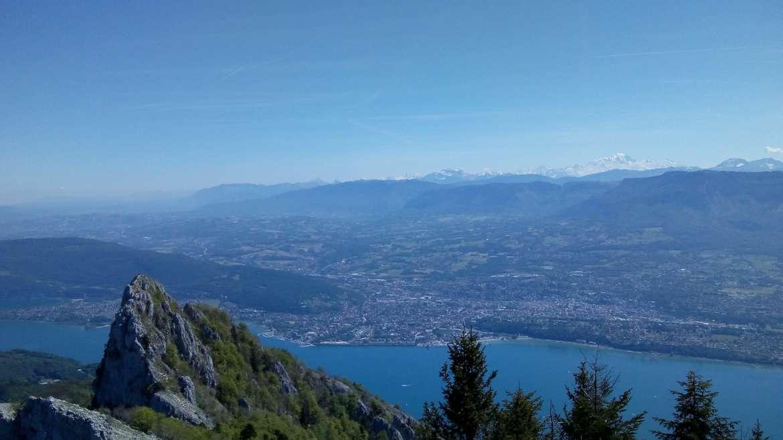 Culture, lacs et montagnes